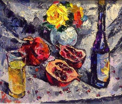 Вино, гранаты, цветы.